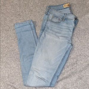 Hollister light washed high waisted jeans
